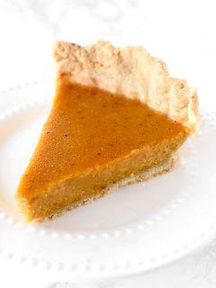 Dairy free pumpkin pie using an oil crust