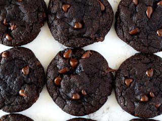 rows of double chocolate chip cookies